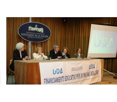 Importante jornada sobre Financiamiento Educativo